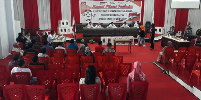 Skorsing di Cabut, KPU Kotamobagu Buka Pleno Rekapitulasi Suara Kotamobagu Selatan