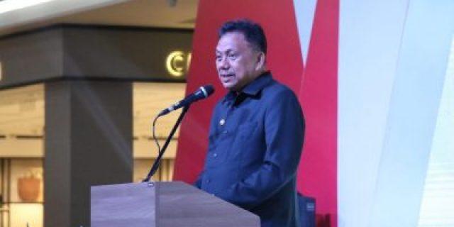 Gubernur Olly Apresiasi Peran OJK dalam Industri Jasa Keuangan Expo tahun 2019