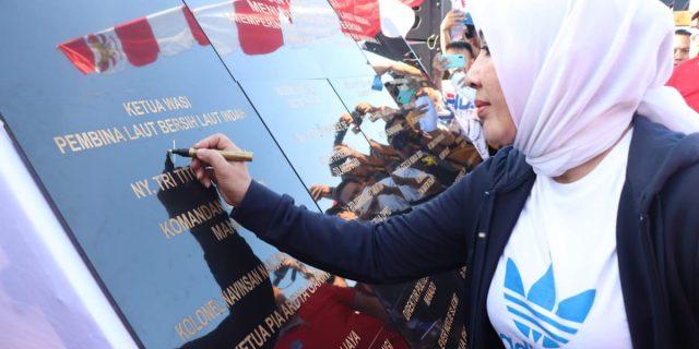 Ny Tri Tito Karnavian Tanda Tangani Deklarasi Laut Bersih